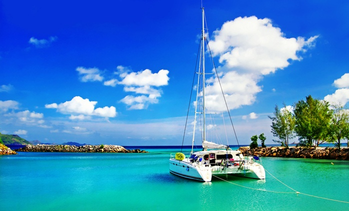 ✈ Seychelles: 3 Nights with Breakfast, Transfers and Return Flights at 4* Berjaya Beau Vallon Resort and Casino