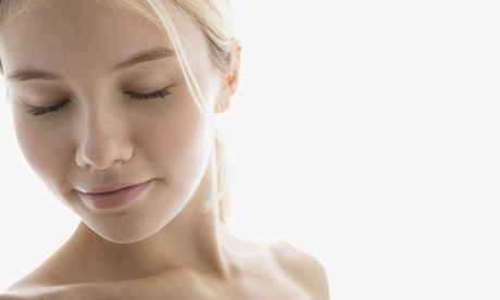 Limpieza facial con tratamiento a elegir en Sapphira Prive Retiro