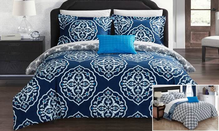 Onie Reversible Duvet Cover Set With Zipper Closure 3 Or 4 Piece