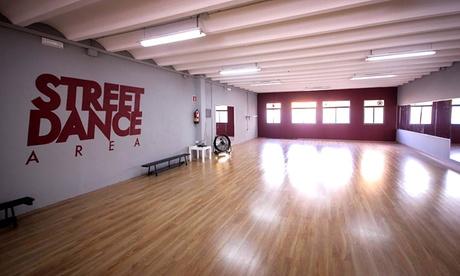 "1 o 3 meses de clases de Hip Hop infantil ""Street Dance"" desde 16,95 € en Street Dance Area"