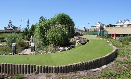 De Rollygolf: midgetgolfen bij het Adventure Park in Noordwijk aan Zee