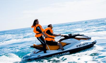 Alquiler de moto de agua durante 30 o 60 minutos para 1 o 2 personas con fotos y bebida desde 49 € en Low Cost Charter