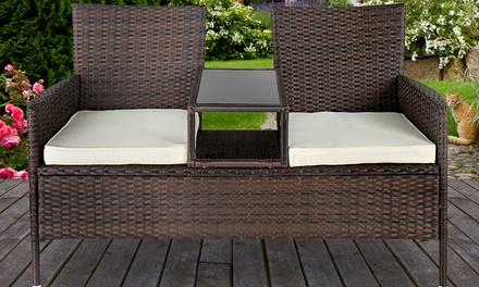 2er-Sofa aus Polyrattan mit abnehmbaren Kissen und integriertem Beistelltisch in der Farbe nach Wahl