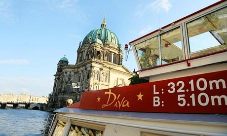 3-stündige Schiffsrundfahrt für 2 Personen mit der Event- und Charterschifffahrt Berlin