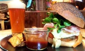 Garage Pub: Menu hamburger e birra per 2 o 4 persone al Garage Pub (sconto fino a 55%)