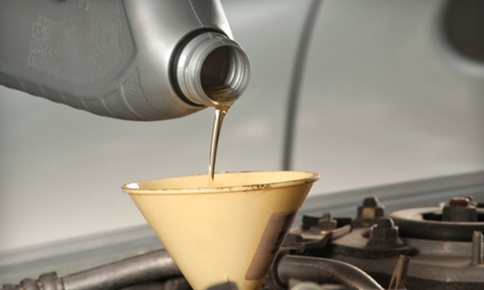 LadyParts Automotive Services - Lindenwood,North Fair Oaks,Dumbarton: $19 for a One-Hour EcoPower Oil Change at LadyParts Automotive Services in Redwood City ($89.95 Value)