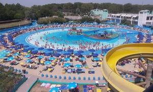 Atlantica Park: Ingresso per 2 all'Atlantica Park, il più grande parco acquatico dell'Emilia Romagna per adulti o bambini (sconto 50%)