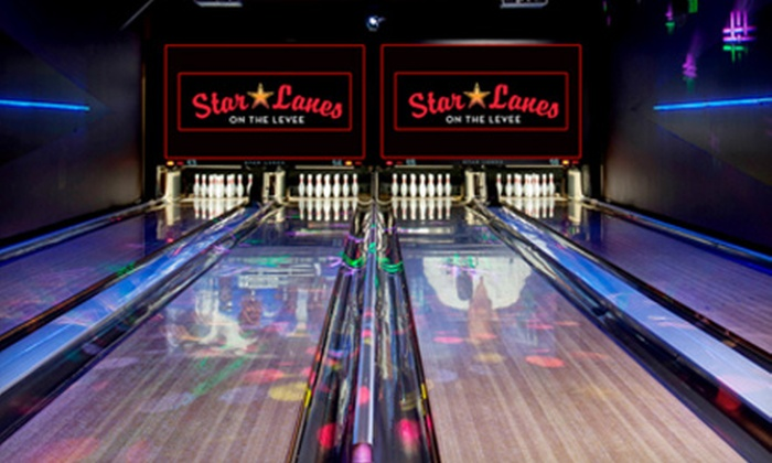 Star Lanes - Newport: $25 for a Bowling Outing for Four at Star Lanes in Newport (Up to $51.60 Value)