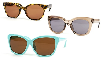 groupon daily deal - Fashion Sunglasses. Multiple Styles and Colors Available. Free Returns.