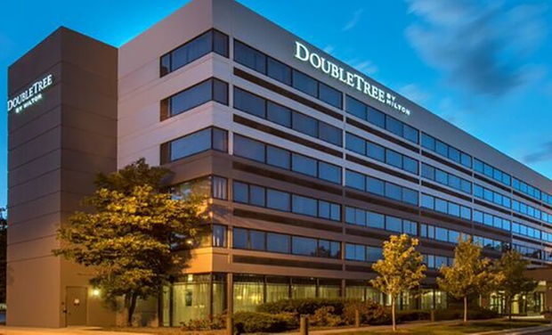 Groupon Getaways Faq Doubletree Near Chicago Suburb S Woodfield