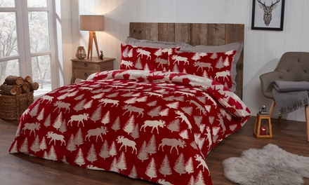 Pieridae Winter Moose Cosy Fleece Reversible Duvet Set