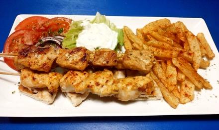 Menú griego de degustación para 2 o 4 personas con 5 platos, postre y bebida desde 24,90 € en Grill & Taberna El Griego