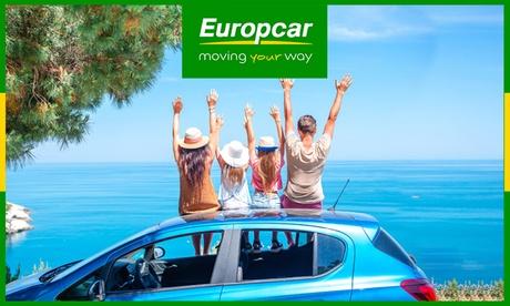 Paga 1, 5 , 7 o 10 € y obtén un bono de 10, 50, 70, o 100 € de descuento para un alquiler de coche con Europcar