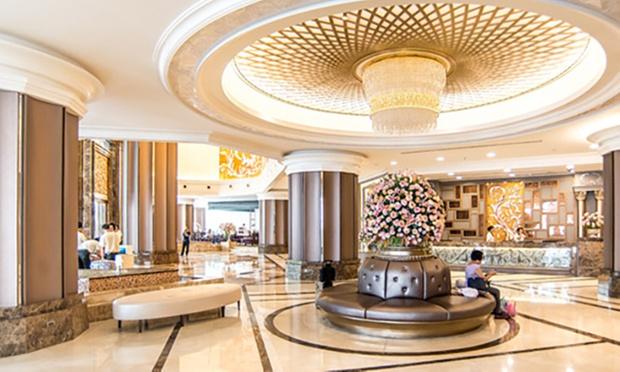 Bangkok: Local 4* Hotel + Jetstar 4