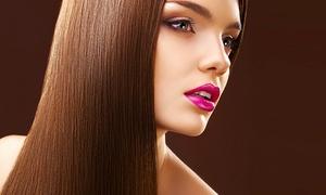 Salon de Coiffure Viva: Coupe, traitement capillaire et coloration en option au Salon de Coiffure Viva (jusqu'à 60 % de rabais)