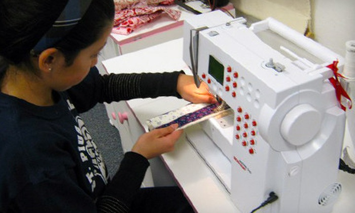 Sewing Sisters - Karner: $39 for Three 60-Minute Introductory Sewing Classes at Sewing Sisters ($90 Value)