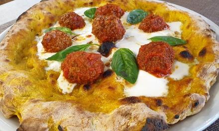 Menú italiano para 2 con entrante, principal, postre y bebida en Amadeus Pizzería (hasta 60% de descuento)