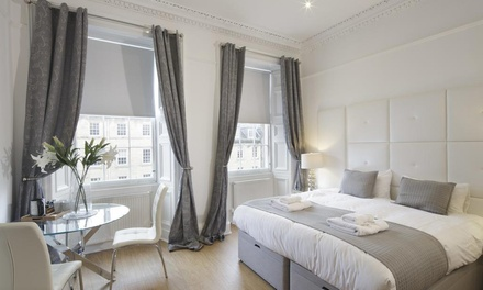 Edinburgh: Standard/Junior or Deluxe Queen Suite for Two at Hanover 71 Suites