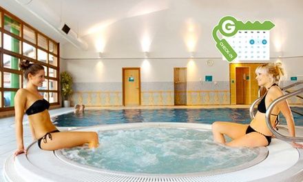 Wakefield: Double Room for Two with Breakfast, 2Course Dinner and Health Club Spa Access at 4* Cedar Court Wakefield