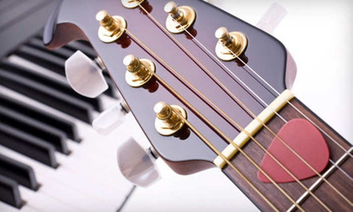 Kansas City School of Music - Multiple Locations: $39 for Beginner Guitar or Piano Classes at the Kansas City School of Music ($98 Value). Four Months Available.