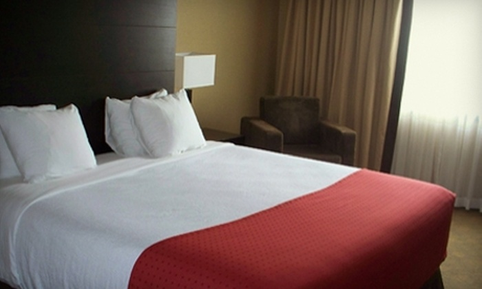 Edmonton Hotel & Convention Centre - Weir Industrial: $60 for a One-Night Stay at the Edmonton Hotel & Convention Centre ($119 Value)