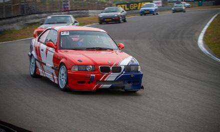 Zelf racen of taxi racen op het circuit van Zandvoort of Assen voor 1 of 2 personen via Coureurvooreenuur