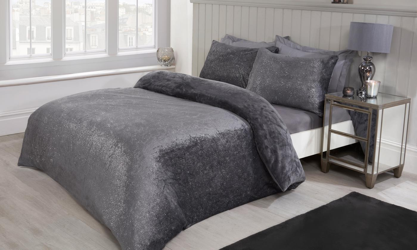 Pieridae Foil Shimmer Fleece Duvet Set for £13