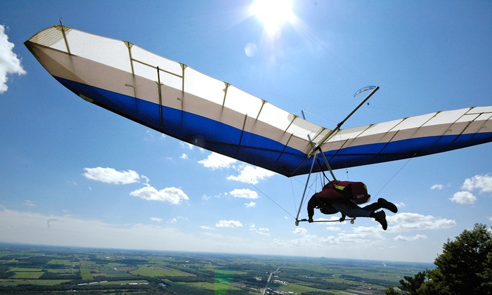 X Fly - Saint Paul D'Abbotsford: C$189 for a Tandem Paragliding Experience from X Fly (C$399 Value)