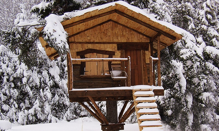 Les Refuges Perchés - Saint-Faustin-Lac-Carré, QC: C$129.99 for a 2-Night Stay in a Treehouse for a Couple or Family at Les Refuges Perchés (Up to C$258 Value)