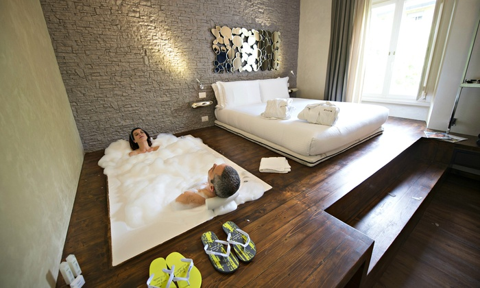 IRooms - Jacuzzi Rooms&Suites in Rome a Roma, ROMA | Groupon Getaways