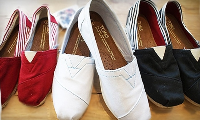 Root - Fredericksburg: $50 for $100 Worth of Apparel, Shoes, and Accessories at Root in Fredericksburg