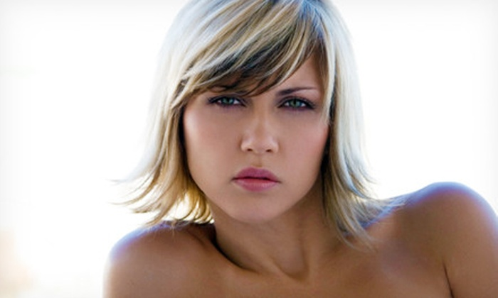 Hilights Salon - Fern Creek: $37 for Partial or Full Highlights at Hilights Salon ($75 Value)