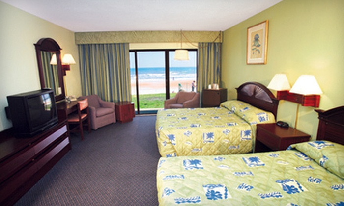 Makai Beach Lodge - Ormond Beach, FL: $149 for a Three-Night Stay at Makai Beach Lodge in Ormond Beach (Up to $287 Value). Two Options Available.