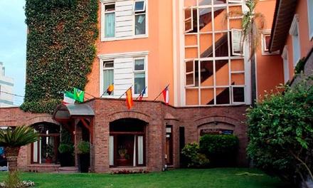Villa Gesell, Buenos Aires: desde $499 por 2, 3 o 4 noches para dos con opción a feriados en Apart Amabile