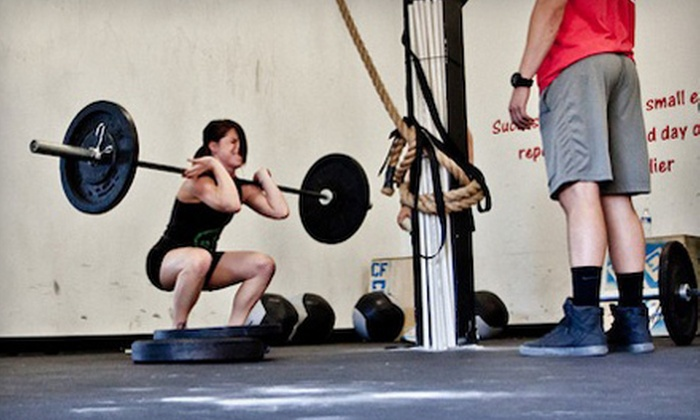 CrossFit Fort Washington - Fort Washington: One Month of Beginner's Classes, One Month of Unlimited Classes, or Both at CrossFit Fort Washington (Up to 76% Off)
