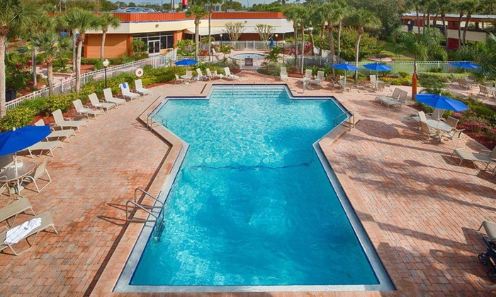 Orlando-Area Resort near Theme Parks