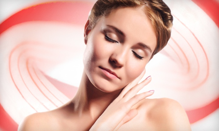 Skin of Dreams - Arrowhead Meadows Association: $45 for a Peppermint Spa Package with a Facial and Paraffin Hand Dip at Skin of Dreams in Chandler ($90 Value)