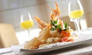 Antichi Sapori di Cascina Rossino: Menu di pesce con bottiglia di vino per 2 o 4 persone agli Antichi Sapori di Cascina Rossino (sconto fino a 68%)