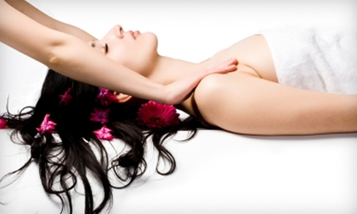 The Club Of Riverdale - Spuyten Duyvil: $50 for a 60-Minute Swedish Massage or a 60-Minute Rejuvenating Facial at The Club of Riverdale ($100 Value)