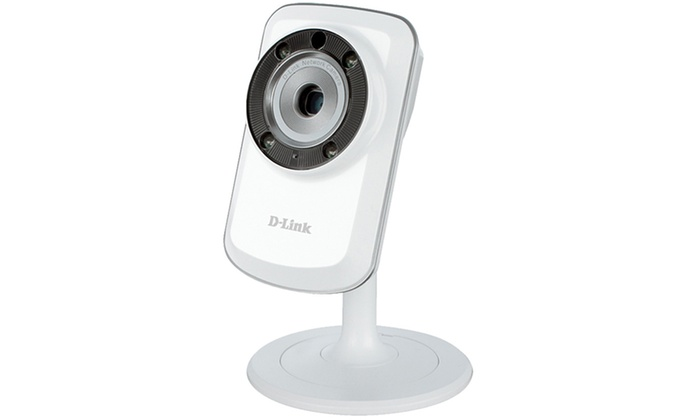 D-Link Day and Night Wi-Fi Security Camera (Refurbished) | Groupon