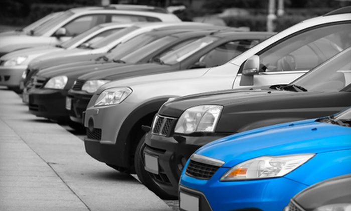 Diamond Airport Parking - Multiple Locations: $4 for One Day of Self Parking with Shuttle, Car Wash, and Baggage Assistance from Diamond Airport Parking ($8.25 Value)
