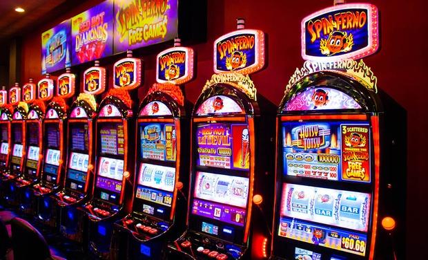 Plaza Hotel Casino Las Vegas Hotel W 10 Slot Play Groupon Getaways
