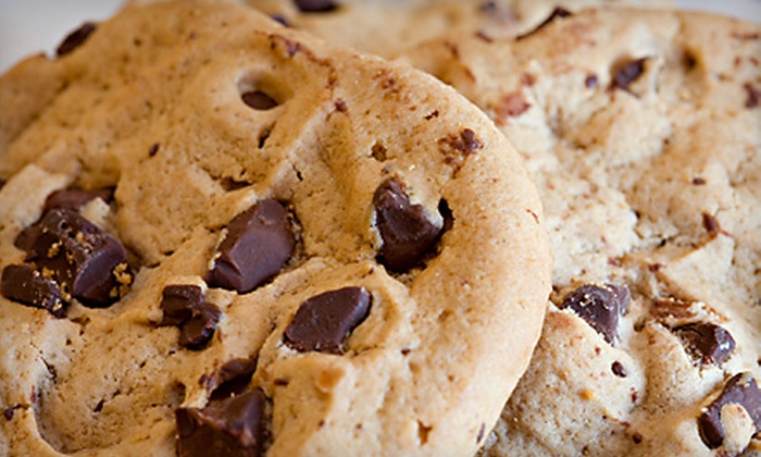 Altoona Floral and Gifts - Altoona: $25 for a 14-Cookie Bouquet from Altoona Floral and Gifts ($50 Value)