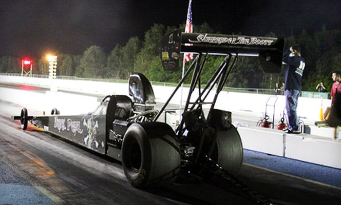County Line Dragway - Hialeah: Race Admission for Two or Four Spectators or Vehicle Race Entry to Countyline Dragway in Hialeah