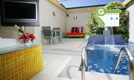 Zouk Hotel: estancia en pareja en suite con piscina