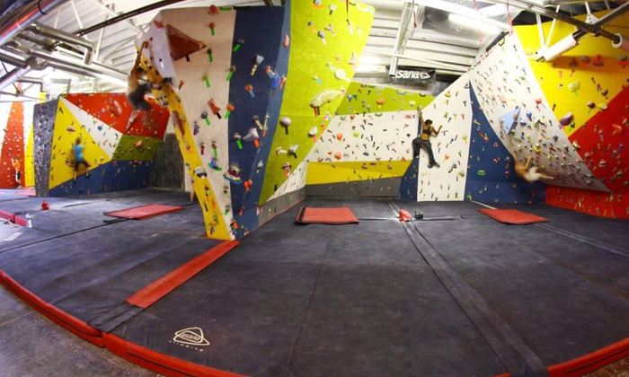 First Avenue Rocks - Southside: Two or Four Rock-Climbing Visits with Shoe Rental at First Avenue Rocks (Up to 50% Off)