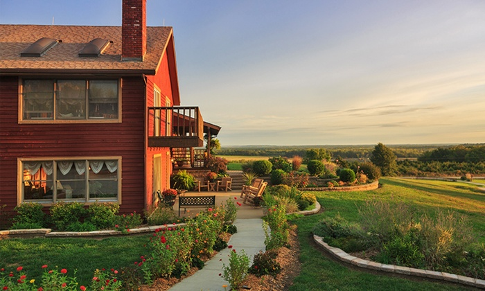 Cedar Crest Lodge - Pleasanton, KS: 1-Night Stay for Two at Cedar Crest Lodge in Pleasanton, KS. Combine Up to 5 Nights.