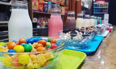Menú para 2 o 4 con bol mediano de cereales con topping a elegir y bebida de leche desde 3,95 € en Cereal Temple Café