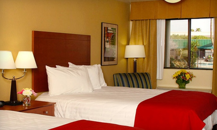 Pima Inn & Suites - McCormick Ranch: $69 for a One-Night Stay with Light Dinner at Pima Inn & Suites (Up to $147 Value)