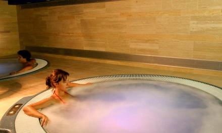 Murcia: 1, 2 o 3 noches para dos con desayuno, detalle y opción a jacuzzi y a Terra y Aqua Natura en Hotel Hyltor 4*